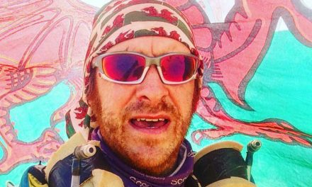 Huw completes 156-mile desert race